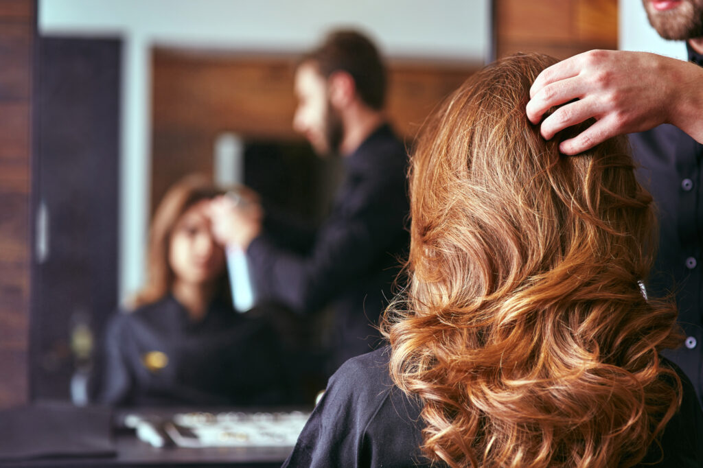 Beauty Doesn't Have to Be Pain! Top Tips on How to Choose a Good Hair Salon