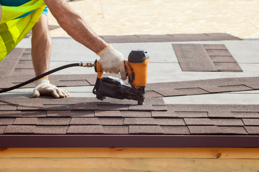 Top 5 Factors to Consider When Choosing a Roofing Contractor